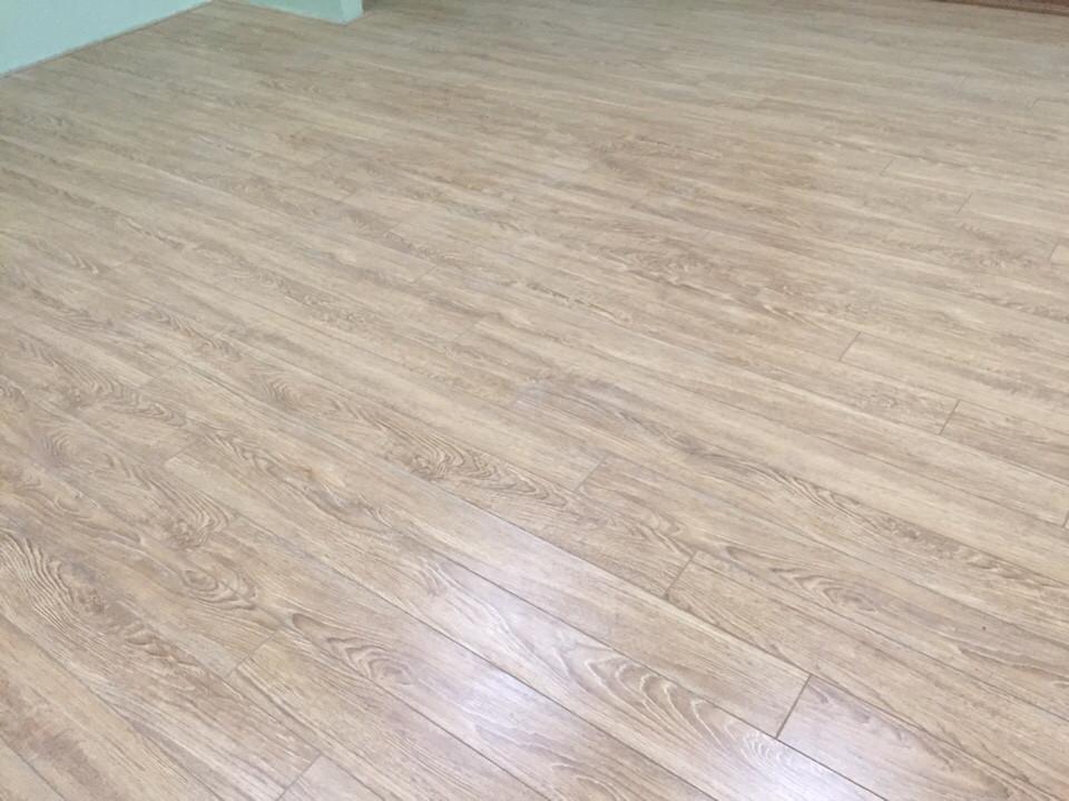Ván lót sàn nhà sang và đẹp.