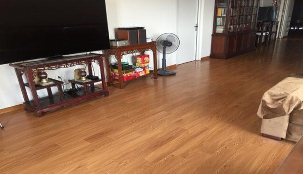 giá sàn nhựa cao cấp, sàn nhựa giả gỗ vinyl, thi công sàn nhựa cao cấp có hèm khóa,