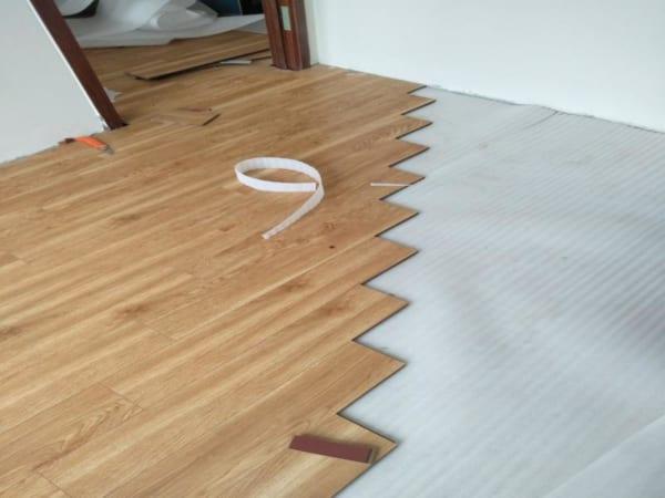 sàn nhựa giả gỗ tại khánh hòa, Thi công sàn nhựa tại Khánh Hòa